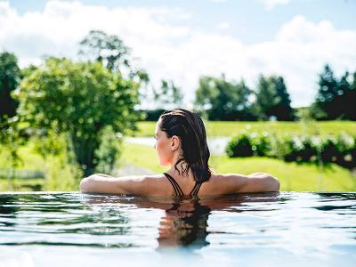 Ramside Hall Hotel, Golf & Spa - Infinity Pool