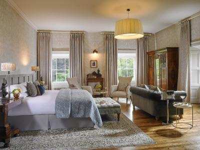 Farnham Suite Bedroom