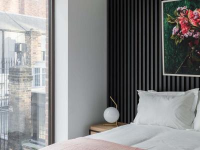 1bed bedroom2
