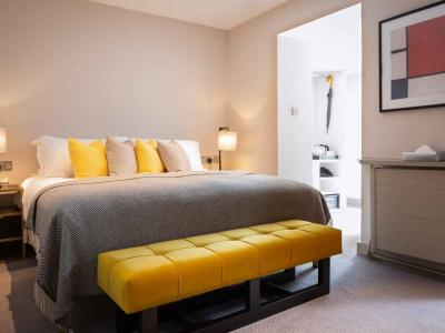 Plush Double Room