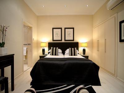 Deluxe room 16 1
